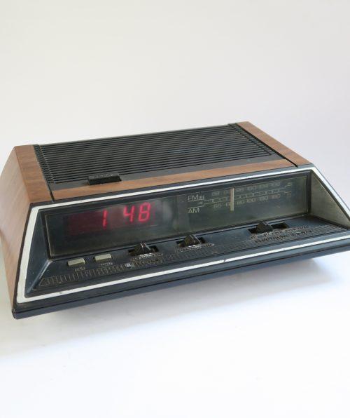Radio reloj General Electric ee7-4644a 1